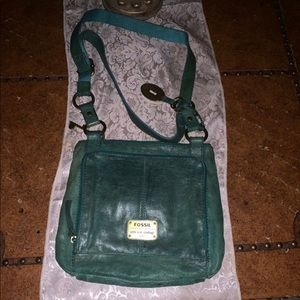 Leather green fossil purse